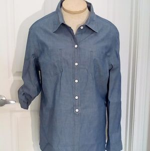 Tommy Hilfiger chambray button down shirt sz L